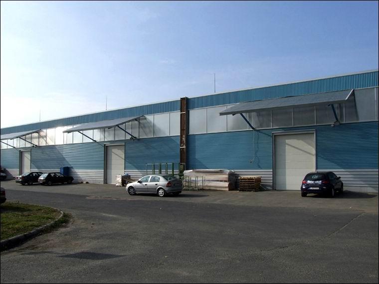 Elegáns megjelenésű és kiváló minőségű ECOTOR ipari kapuk