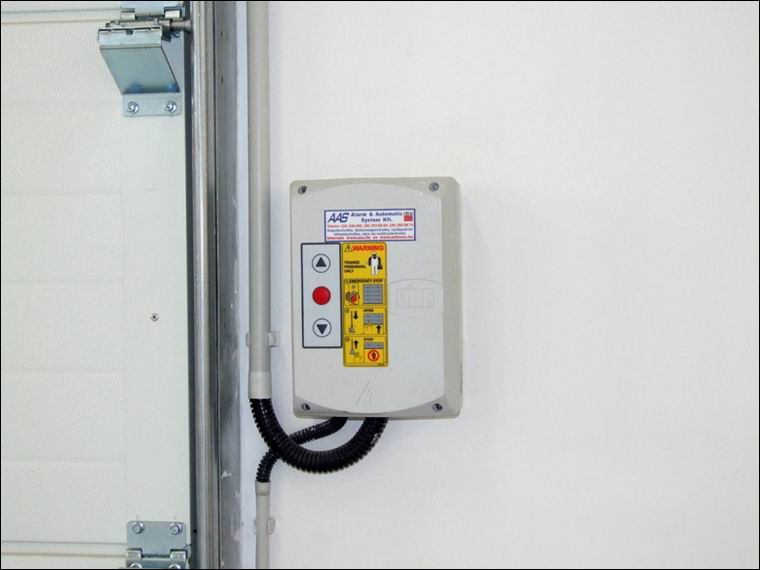 DITEC kapunyitók vezérlő elektronikája vízmentes dobozban