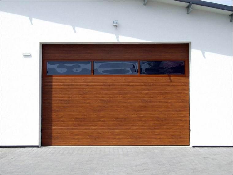 Fadekor kivitelű DITEC ipari kapu FULL VISION hőszigetelt panoráma ablaksorral